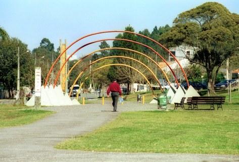 Bairro Bacacheri_ Portal do Parque Gal.Iberê de Matos (Parque do Bacacheri) Curitiba, 04/08/99 Foto: Nani Gois/SMCS (9845-11a)